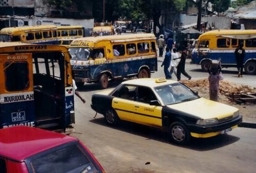 Dakar-taxi-car-rapide